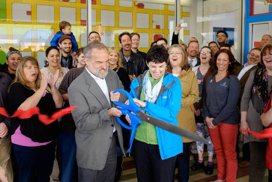 downtown welcome center_ribbon cutting