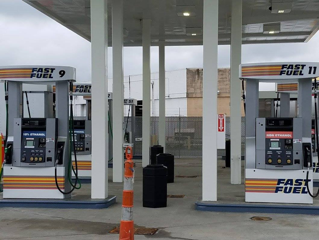 Navigate To The Closest Gas Station >> Acme Fast Fuel Re Opens Fast Fuel Station Downtown Olympia